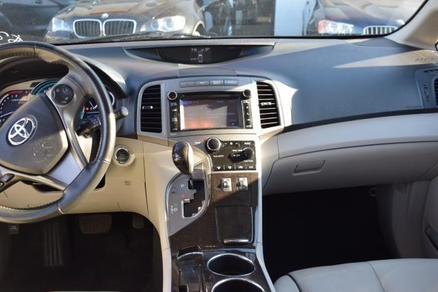 2014 Toyota Venza 4dr Wgn V6 AWD XLE (SE) Richmond Hill, New York 10