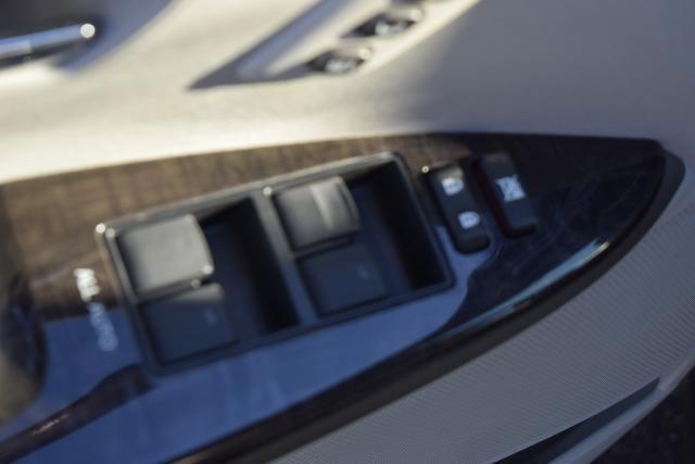 2014 Toyota Venza 4dr Wgn V6 AWD XLE (SE) Richmond Hill, New York 12