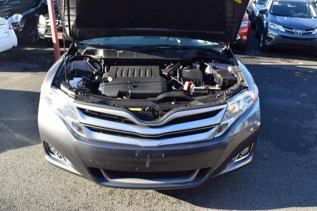 2014 Toyota Venza 4dr Wgn V6 AWD XLE (SE) Richmond Hill, New York 3