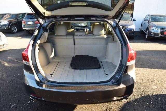 2014 Toyota Venza 4dr Wgn V6 AWD XLE (SE) Richmond Hill, New York 7