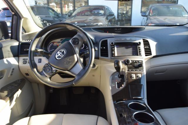 2014 Toyota Venza 4dr Wgn V6 AWD XLE (SE) Richmond Hill, New York 9