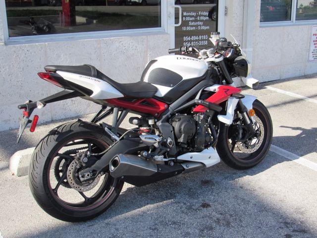 2014 Triumph Street Triple R ABS Dania Beach, Florida 6