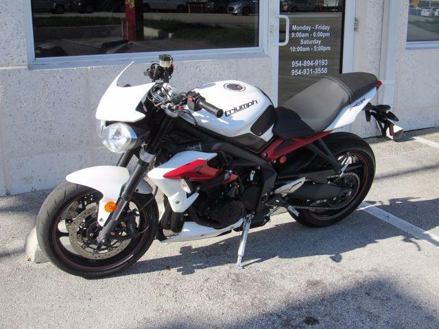 2014 Triumph Street Triple R ABS Dania Beach, Florida 8