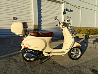 2014 Vespa LXV 150 i.e. with Trunk  in Hollywood, Florida