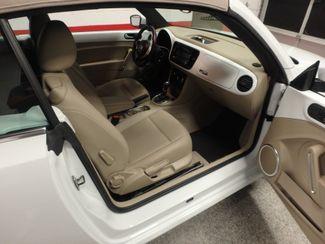 2014 Volkswagen Beetle convertible, lowest miles,  like new! Saint Louis Park, MN 4