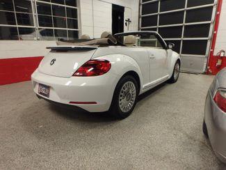 2014 Volkswagen Beetle convertible, lowest miles,  like new! Saint Louis Park, MN 28