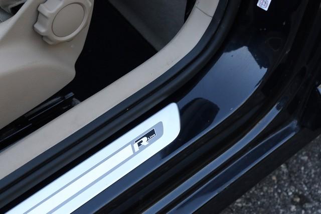 2014 Volkswagen Beetle Convertible 2.0T R-Line w/Sound Mooresville, North Carolina 11