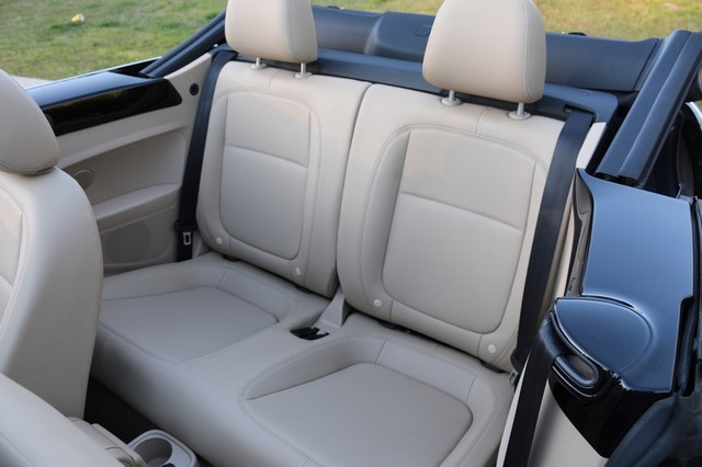 2014 Volkswagen Beetle Convertible 2.0T R-Line w/Sound Mooresville, North Carolina 15