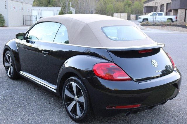 2014 Volkswagen Beetle Convertible 2.0T R-Line w/Sound Mooresville, North Carolina 59