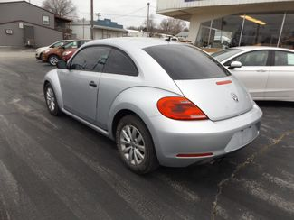 2014 Volkswagen Beetle Coupe 1.8T Entry Warsaw, Missouri 3