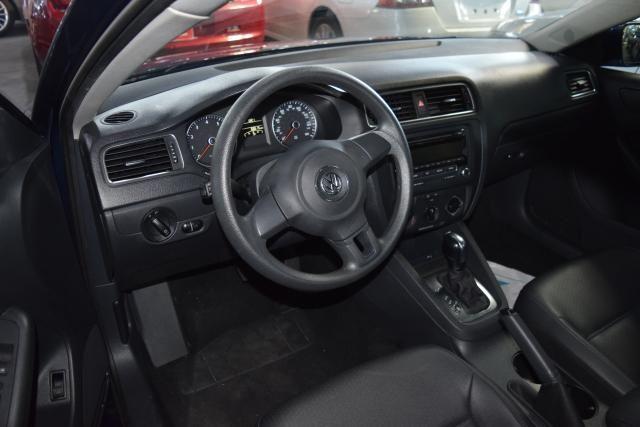 2014 Volkswagen Jetta SE Richmond Hill, New York 11