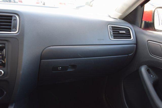 2014 Volkswagen Jetta SE Richmond Hill, New York 30