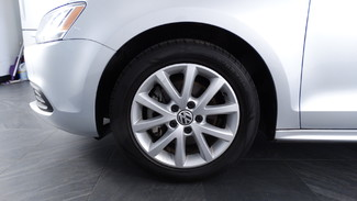 2014 Volkswagen Jetta SE w/Connectivity Virginia Beach, Virginia 3