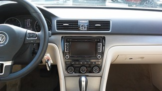 2014 Volkswagen Passat SE East Haven, CT 10