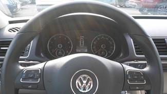 2014 Volkswagen Passat SE East Haven, CT 13