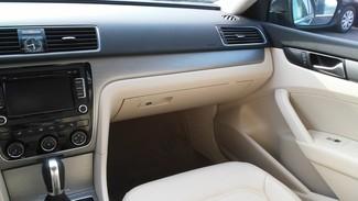 2014 Volkswagen Passat SE East Haven, CT 9