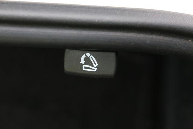 2014 Volkswagen Passat SE w/Snrf/Nav Mooresville, North Carolina 28