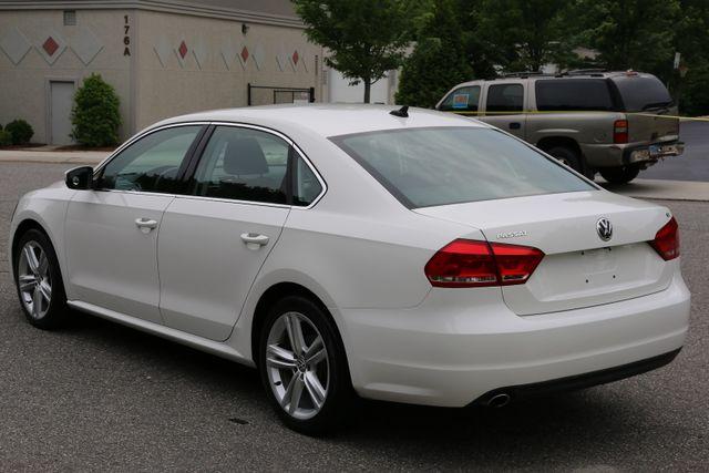 2014 Volkswagen Passat SE w/Snrf/Nav Mooresville, North Carolina 3