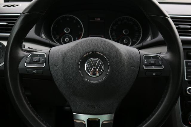 2014 Volkswagen Passat SE w/Snrf/Nav Mooresville, North Carolina 40