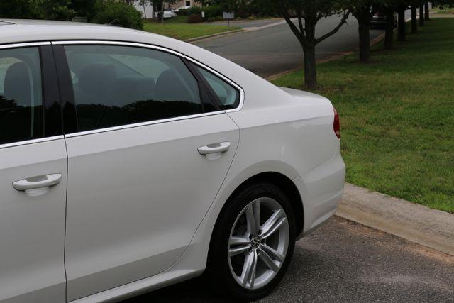 2014 Volkswagen Passat SE w/Snrf/Nav Mooresville, North Carolina 72