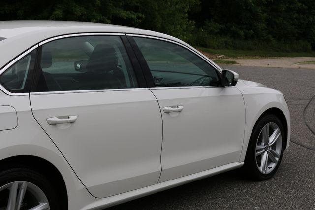 2014 Volkswagen Passat SE w/Snrf/Nav Mooresville, North Carolina 76