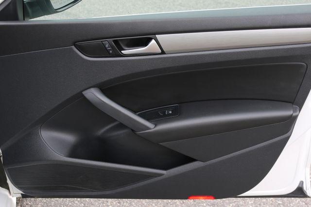 2014 Volkswagen Passat SE w/Snrf/Nav Mooresville, North Carolina 85