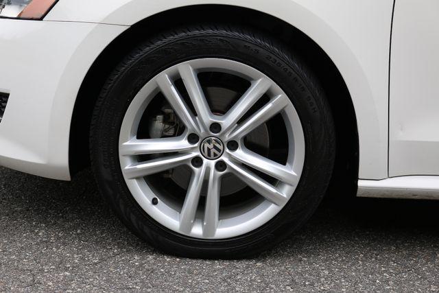2014 Volkswagen Passat SE w/Snrf/Nav Mooresville, North Carolina 66