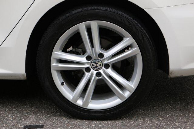 2014 Volkswagen Passat SE w/Snrf/Nav Mooresville, North Carolina 67