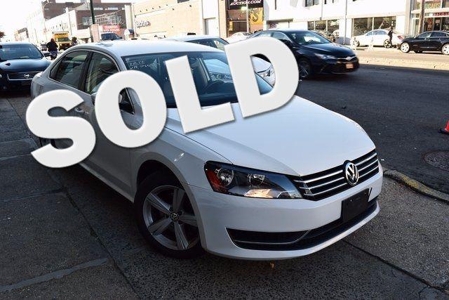 2014 Volkswagen Passat Wolfsburg Ed Richmond Hill, New York 0