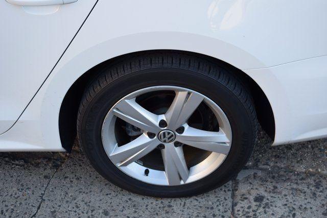 2014 Volkswagen Passat Wolfsburg Ed Richmond Hill, New York 3
