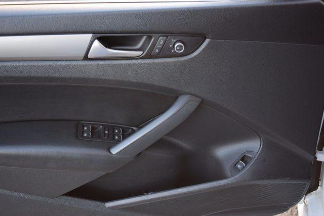 2014 Volkswagen Passat Wolfsburg Ed Richmond Hill, New York 8