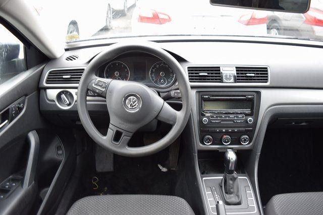 2014 Volkswagen Passat S Richmond Hill, New York 12