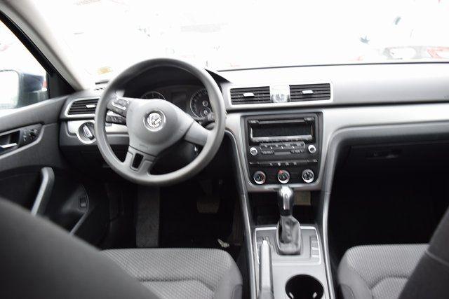 2014 Volkswagen Passat S Richmond Hill, New York 13