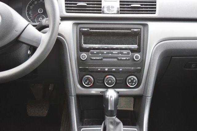 2014 Volkswagen Passat S Richmond Hill, New York 14