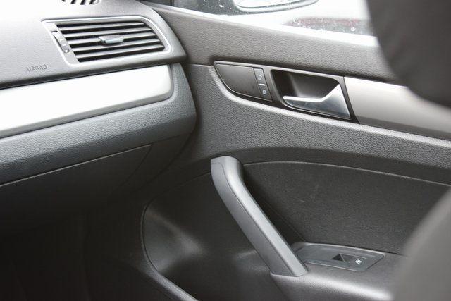 2014 Volkswagen Passat S Richmond Hill, New York 15