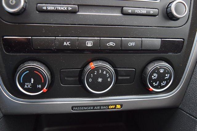 2014 Volkswagen Passat S Richmond Hill, New York 26