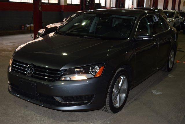 2014 Volkswagen Passat SE Richmond Hill, New York 2