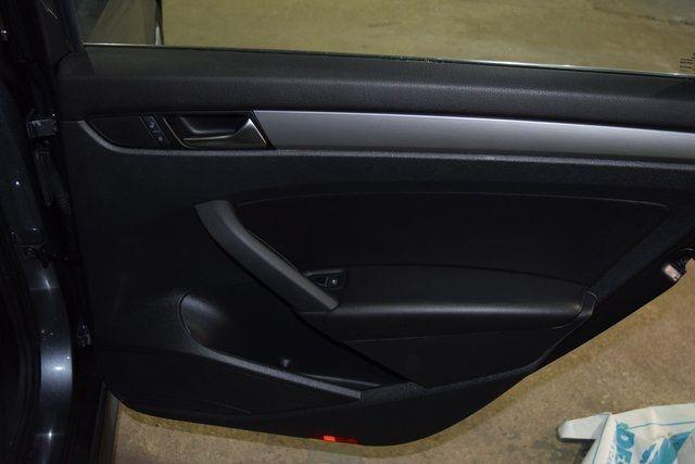 2014 Volkswagen Passat SE Richmond Hill, New York 22