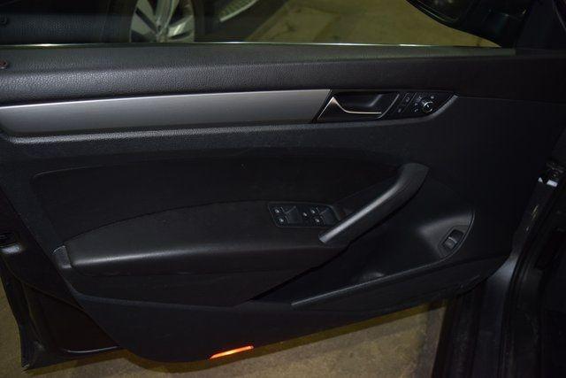 2014 Volkswagen Passat SE Richmond Hill, New York 27