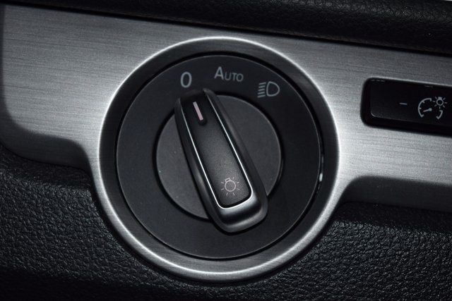 2014 Volkswagen Passat SE Richmond Hill, New York 30