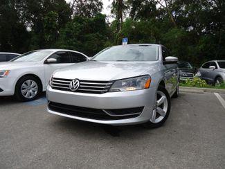 2014 Volkswagen Passat SE. LEATHER. BACK UP CAMERA. HTD SEATS SEFFNER, Florida