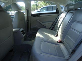2014 Volkswagen Passat SE. LEATHER. CAMERA. HEATED SEATS SEFFNER, Florida 13