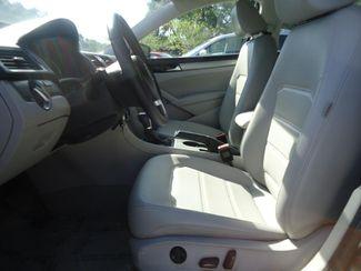 2014 Volkswagen Passat SE. LEATHER. CAMERA. HEATED SEATS SEFFNER, Florida 3