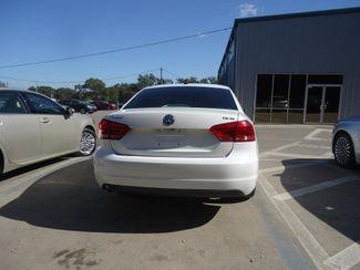 2014 Volkswagen Passat SE. LEATHER. BACKUP CAMERA. HTD SEATS SEFFNER, Florida 11