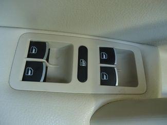 2014 Volkswagen Passat SE. LEATHER. BACKUP CAMERA. HTD SEATS SEFFNER, Florida 24