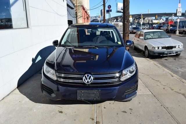 2014 Volkswagen Tiguan S Richmond Hill, New York 2