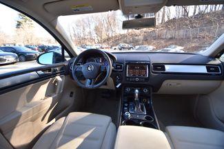 2014 Volkswagen Touareg Sport Naugatuck, Connecticut 12
