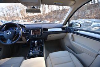 2014 Volkswagen Touareg Sport Naugatuck, Connecticut 14