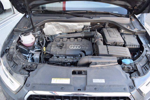 2015 Audi Q3 2.0T Prestige Richmond Hill, New York 4