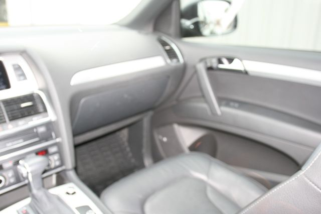 2015 Audi Q7 3.0L TDI Prestige Houston, Texas 13
